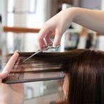 Подстригването влияе ли върху растежа и качеството на косата?