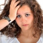 Опасности при перманентното къдрене и изправяне на косата