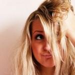 Как да възстановим увредената от третиране коса