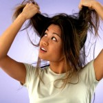 5 вредни навика, които спират растежа на косата ви