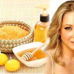 Няколко рецепти с мед за здрава и красива коса